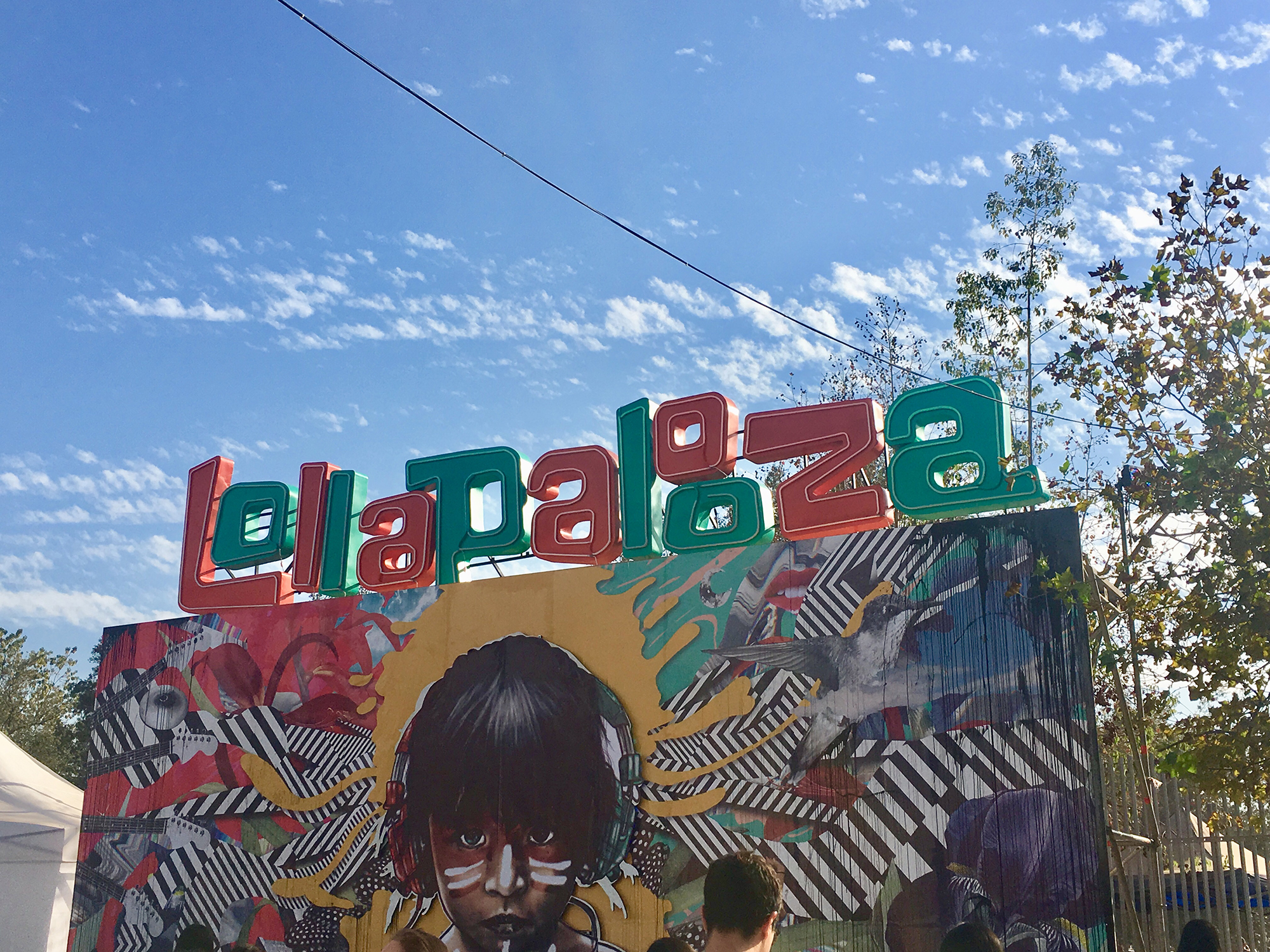 the Lollapalooza sign