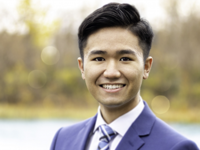 Photo for the news post: Great Grads: Devin Vu, BCom/21