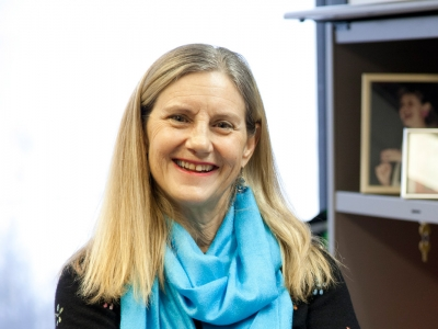 Photo for the news post: Linda Duxbury, first Canadian academic featured on Harvard Business Review podcast