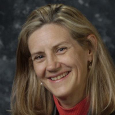 Headshot of Linda Duxbury